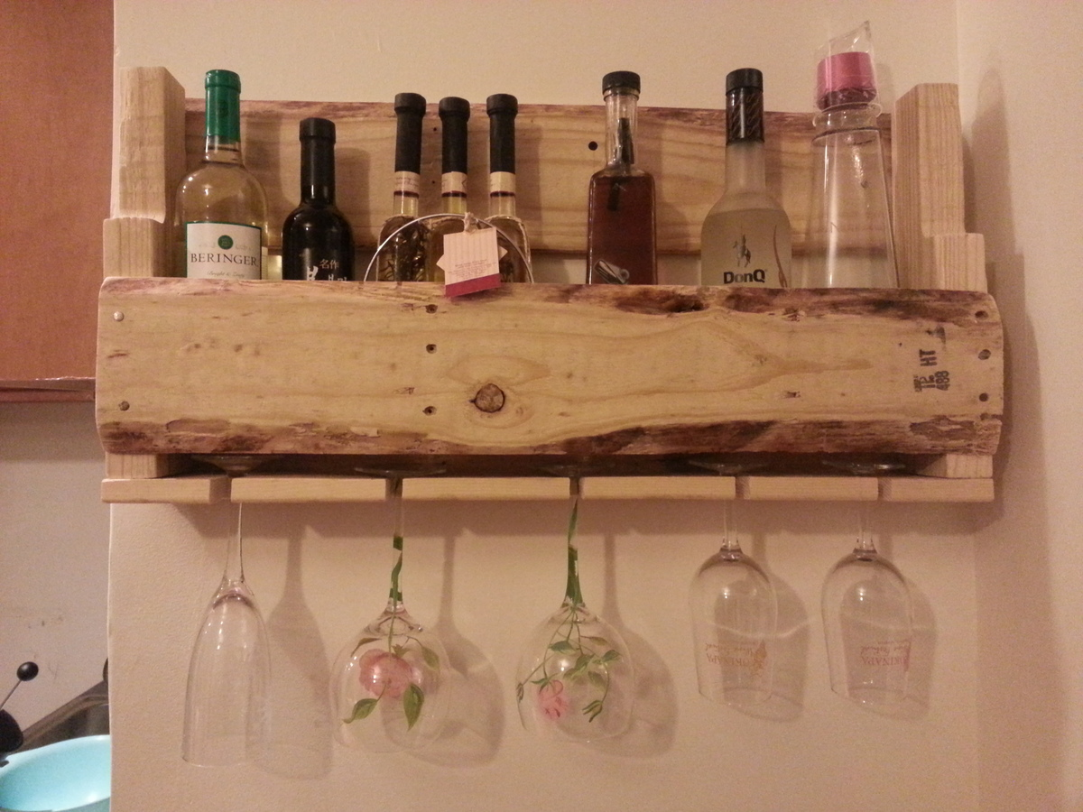 holder personal glass wood rack suction stemless reading tub and bathtub cup racks caddy wooden wine