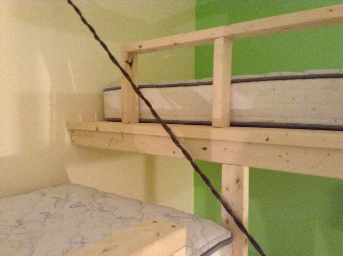 Diy Inspiration Daybeds: Triple Bunk Inspired By The Hanging Day Bed