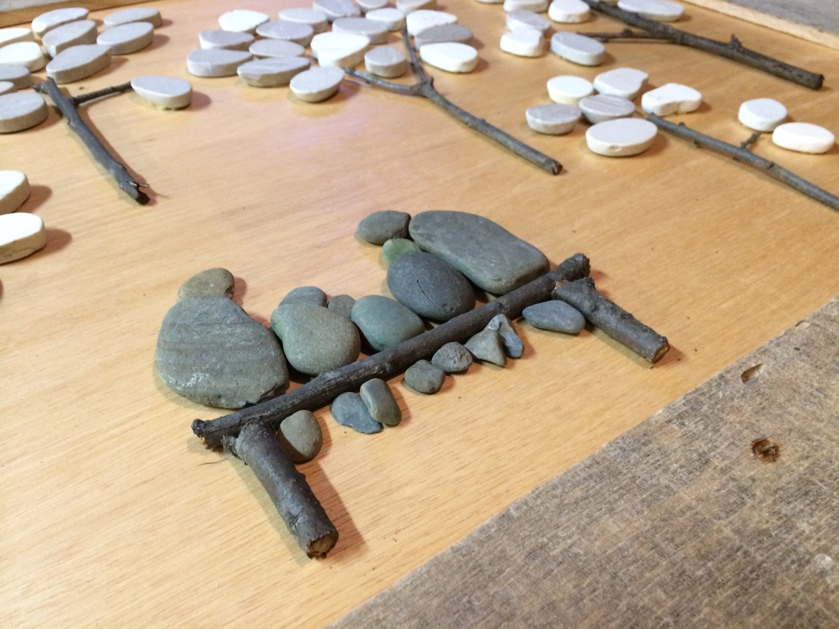 Ana White | Pebble Art with Pallet Wood! - DIY Projects
