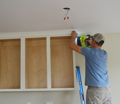 Add Crown Molding To Kitchen Cabinets: Adding Crown Moulding To Wall Kitchen Cabinets