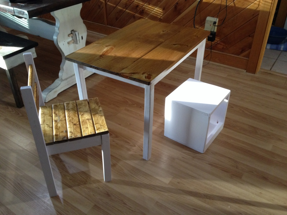 Ana White Clara Table And Chair And A Cube Seat Storage