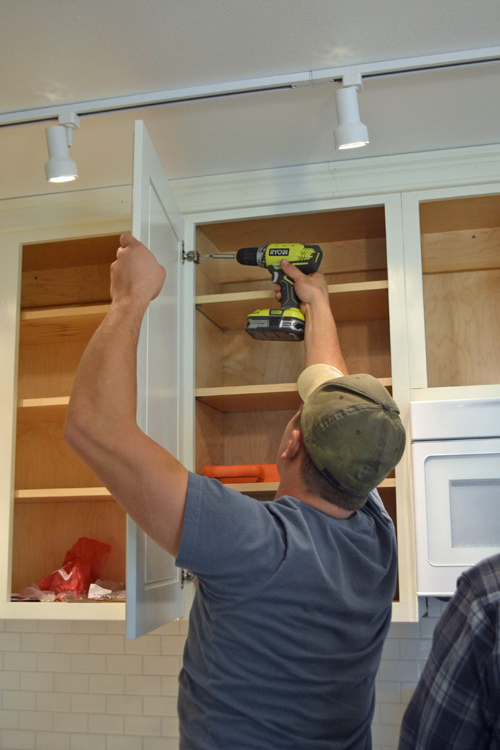 Hanging Kitchen Cabinet Doors With Concealed Euro Hinges Momplex