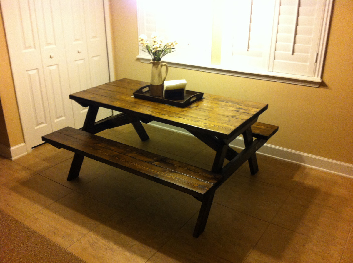 Ana White Farmhouse Style Picnic Table Diy Projects