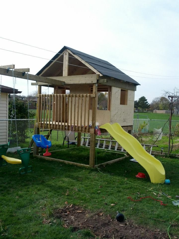 Ana White | Playhouse with swingset - DIY Projects