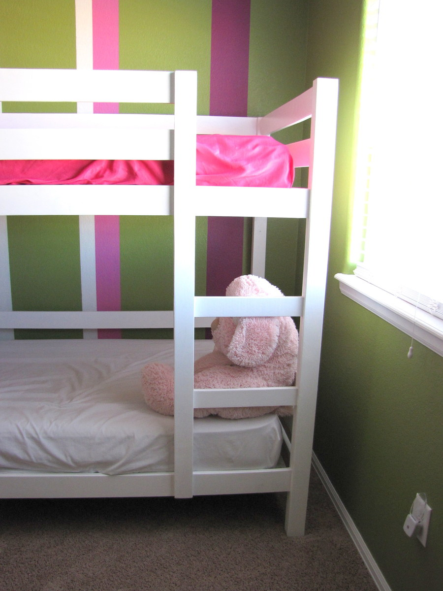 Ana White Classic Bunk Beds In White Diy Projects