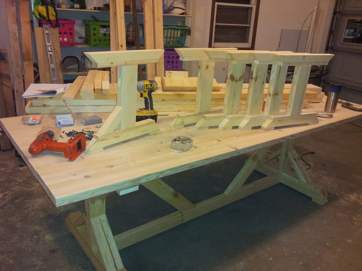 Fancy X Barn House Table And Benches - DIY