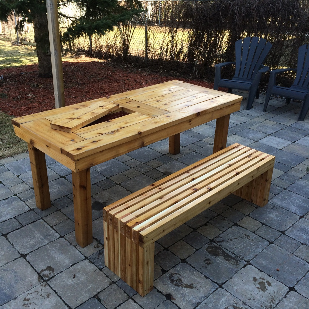 Ana white diy patio table bench diy projects for Table exterieur diy