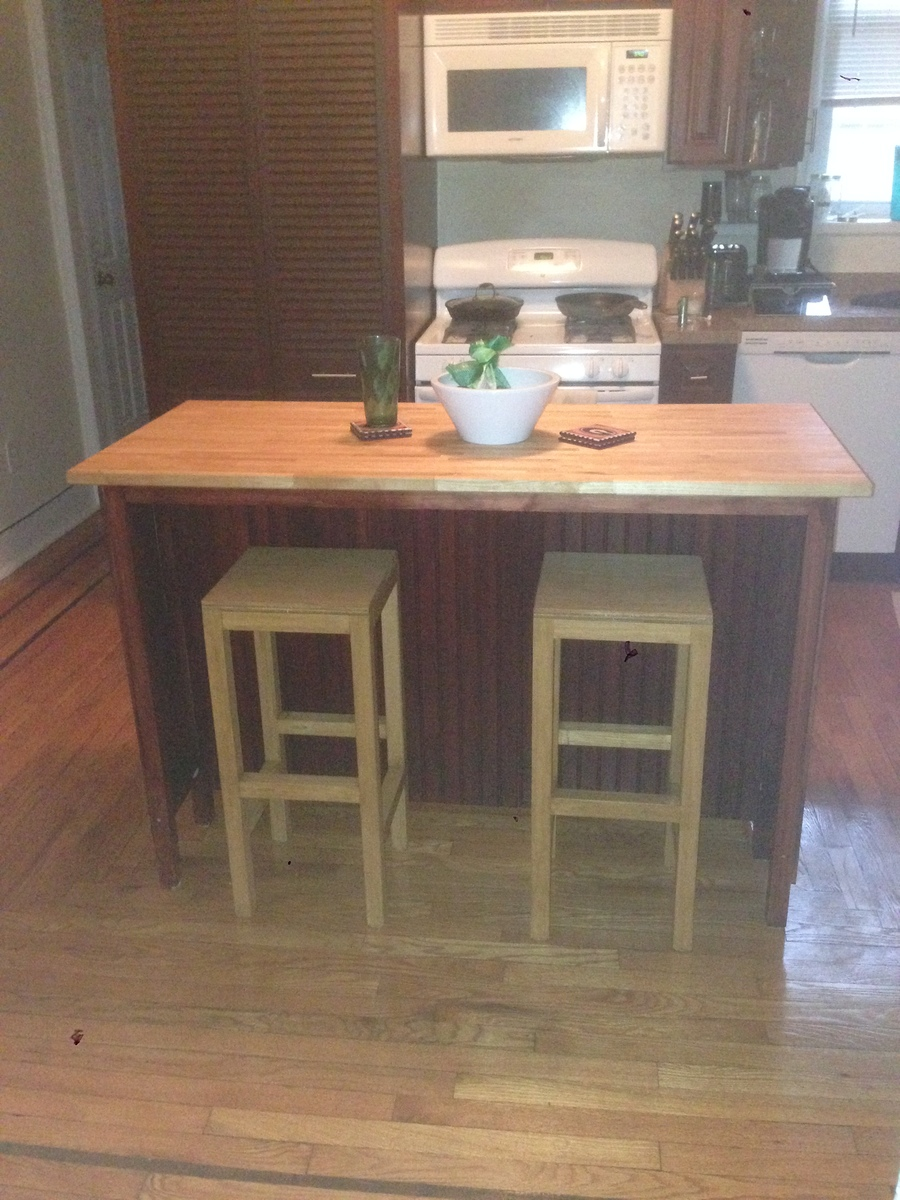 Ana white kitchen island with bar stools diy projects for Bar stools for kitchen islands