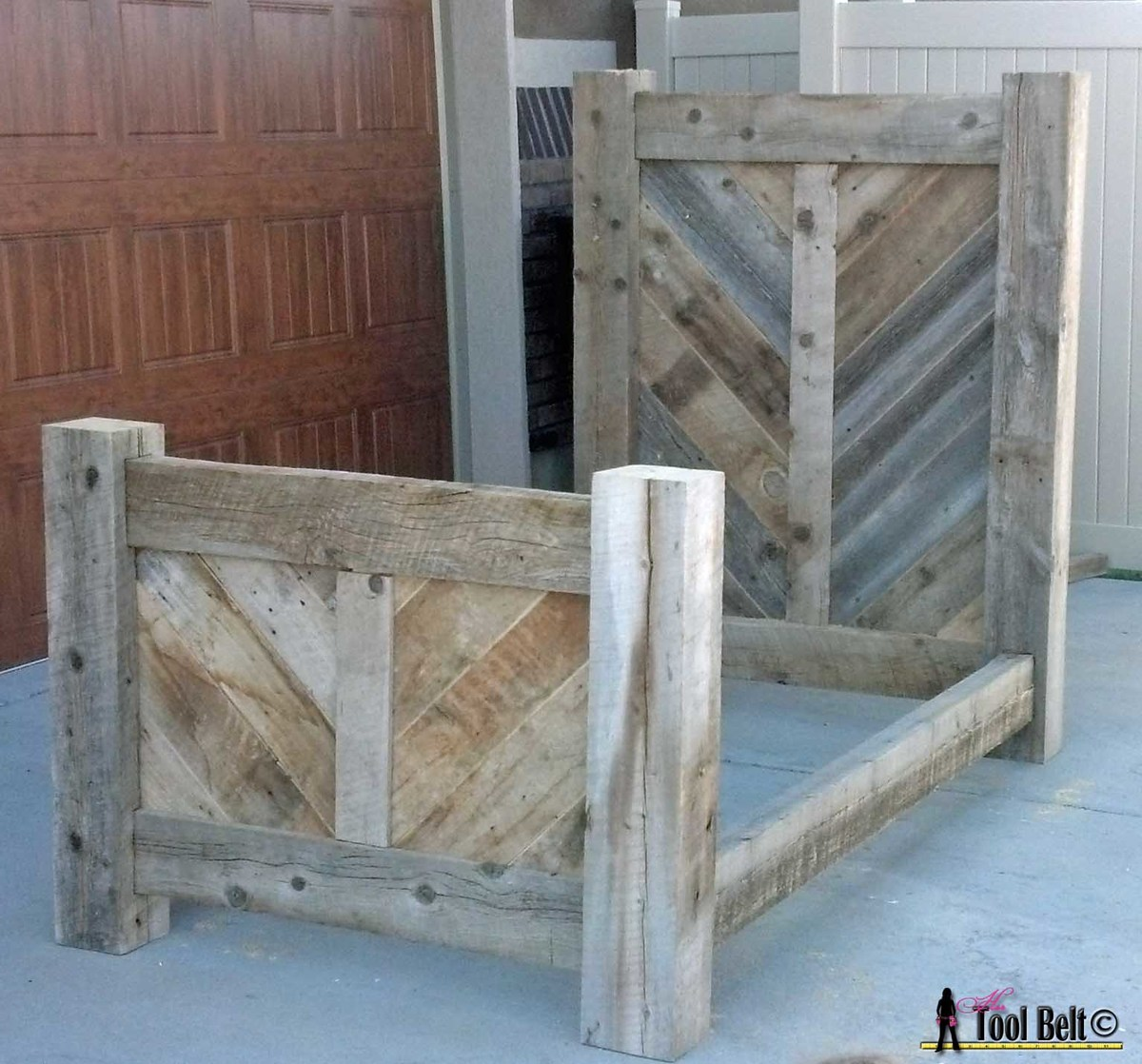 Rustic reclaimed wood bed plan