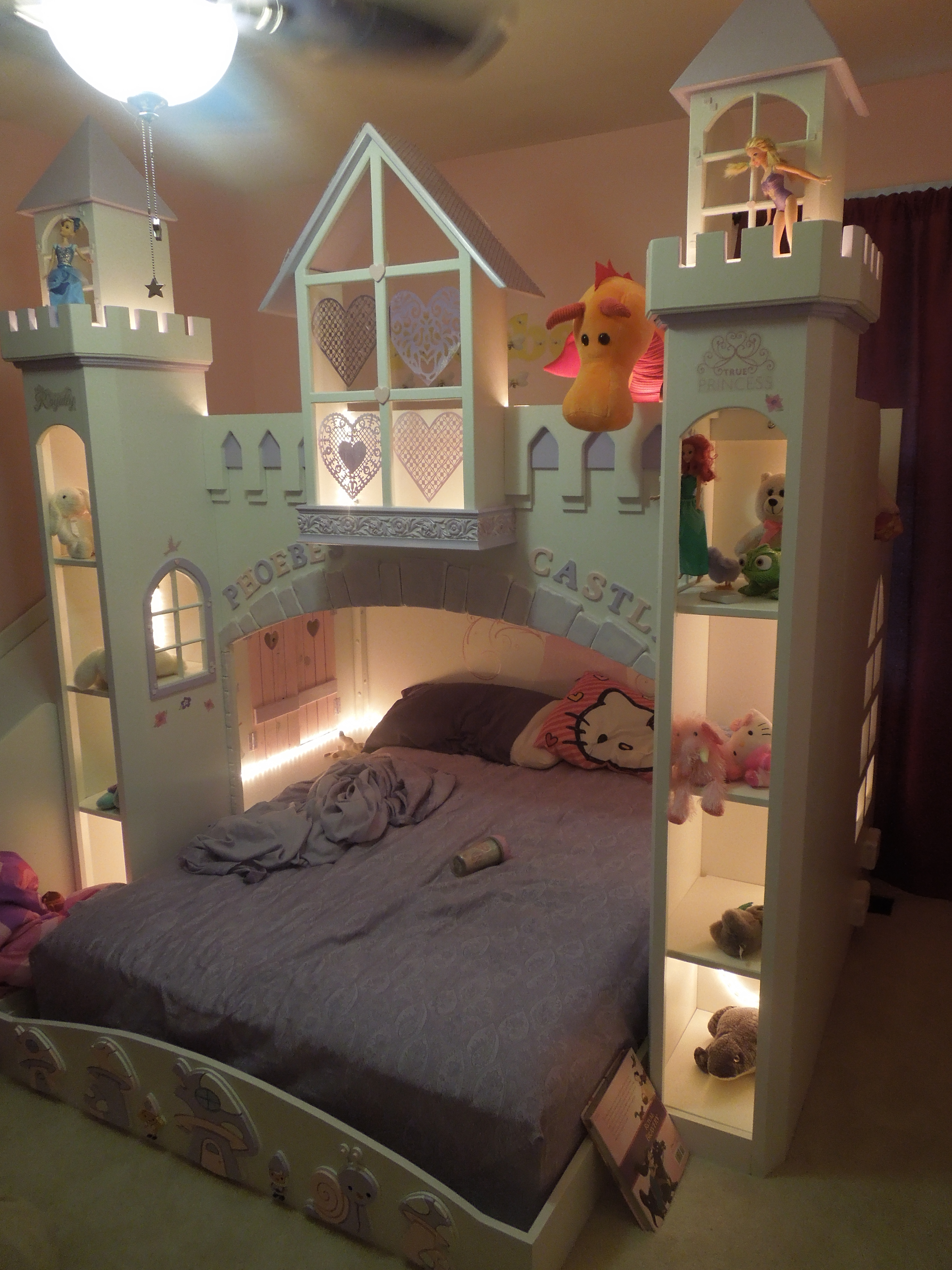 Ana White | Phoebe's Castle bed - DIY Projects