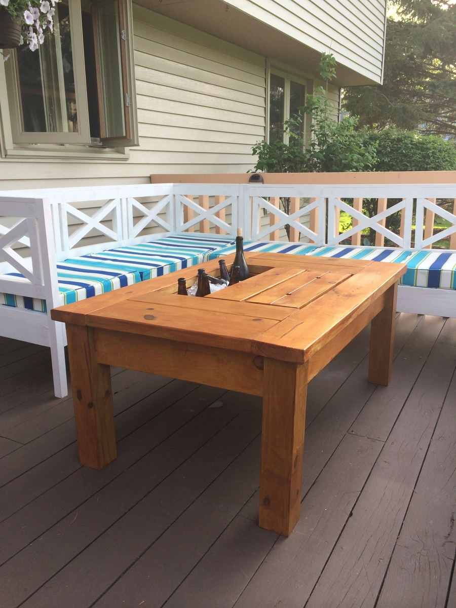 Table Drinks Cooler Diy Patio Table With Cooler