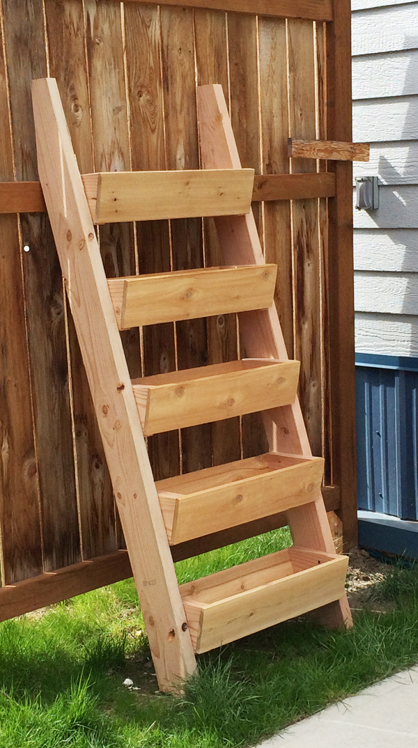 Ana White Cedar Vertical Tiered Ladder Garden Planter Diy Projects