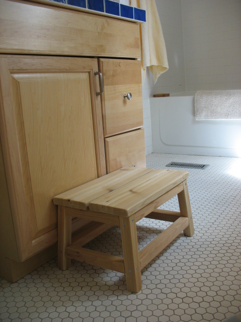 Ana White Cedar Spa Bathroom Step Stool Diy Projects