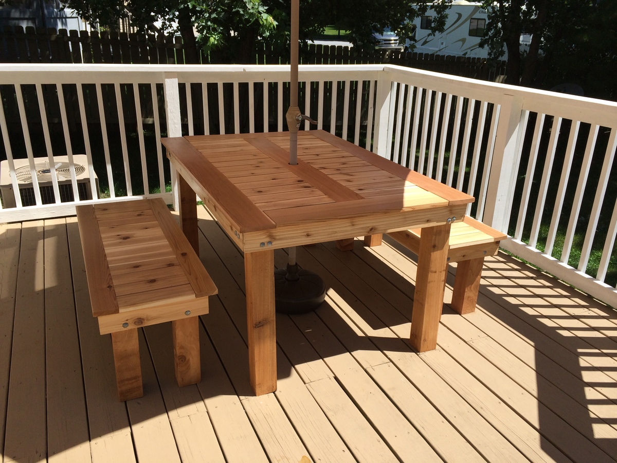Ana White Cedar Outdoor Dining Table And Benches Diy