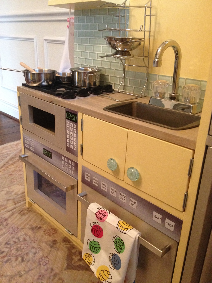 Ana White | E\'s play kitchen AND garage workbench and laundry - DIY ...