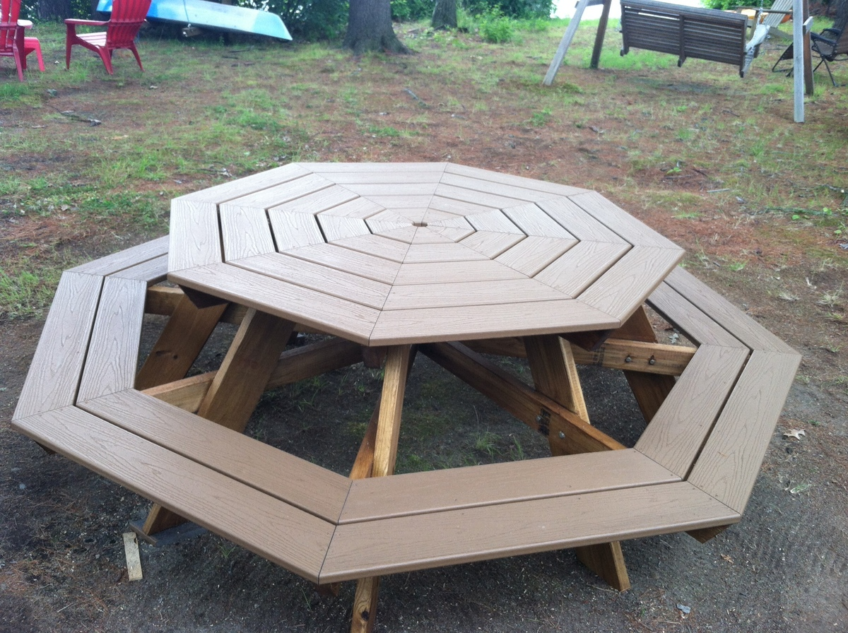 Ana White Octagonal Picnic Table DIY Projects - Composite octagon picnic table