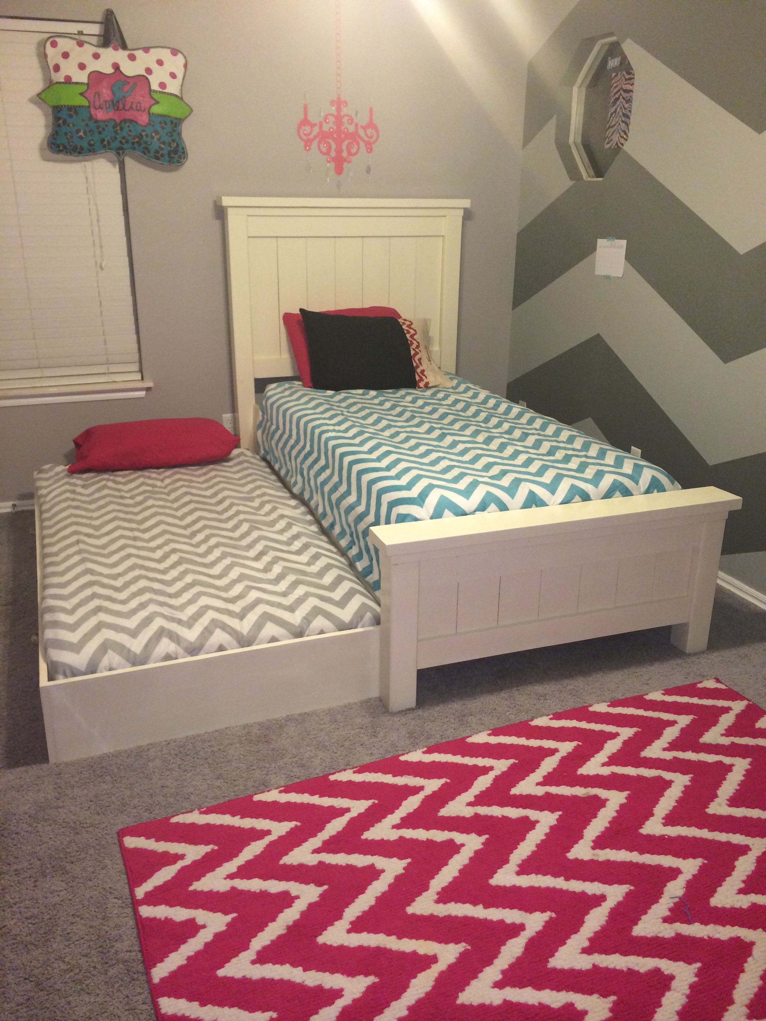 Ana white twin farmhouse bed with trundle diy projects for Beds with trundle