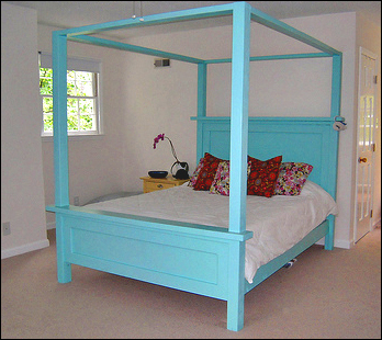 Download barn wood bed plans build by own for Build your own canopy bed