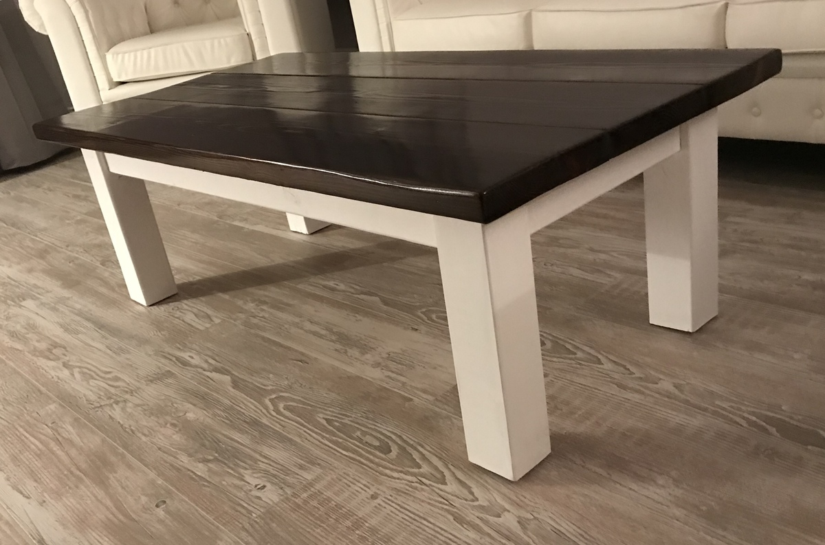 ana white rustic farmhouse coffee table diy projects. Black Bedroom Furniture Sets. Home Design Ideas