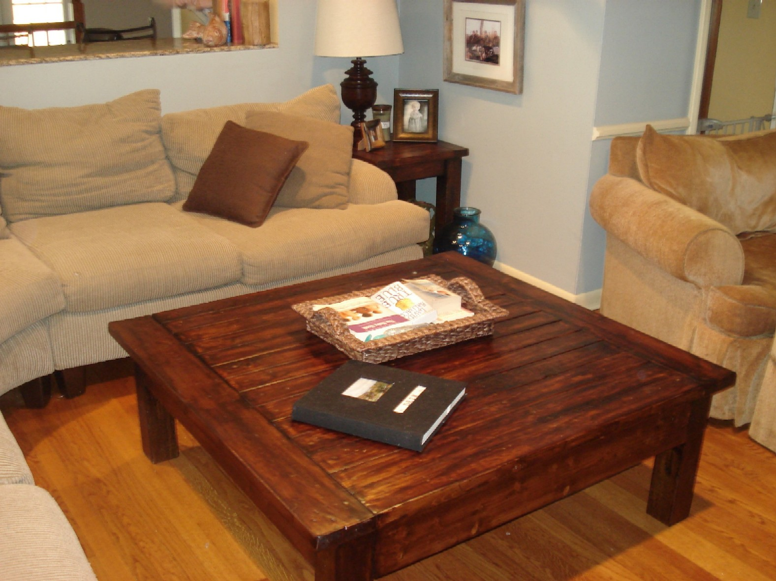 Ana White Bigger Tryde Coffee Table Diy Projects