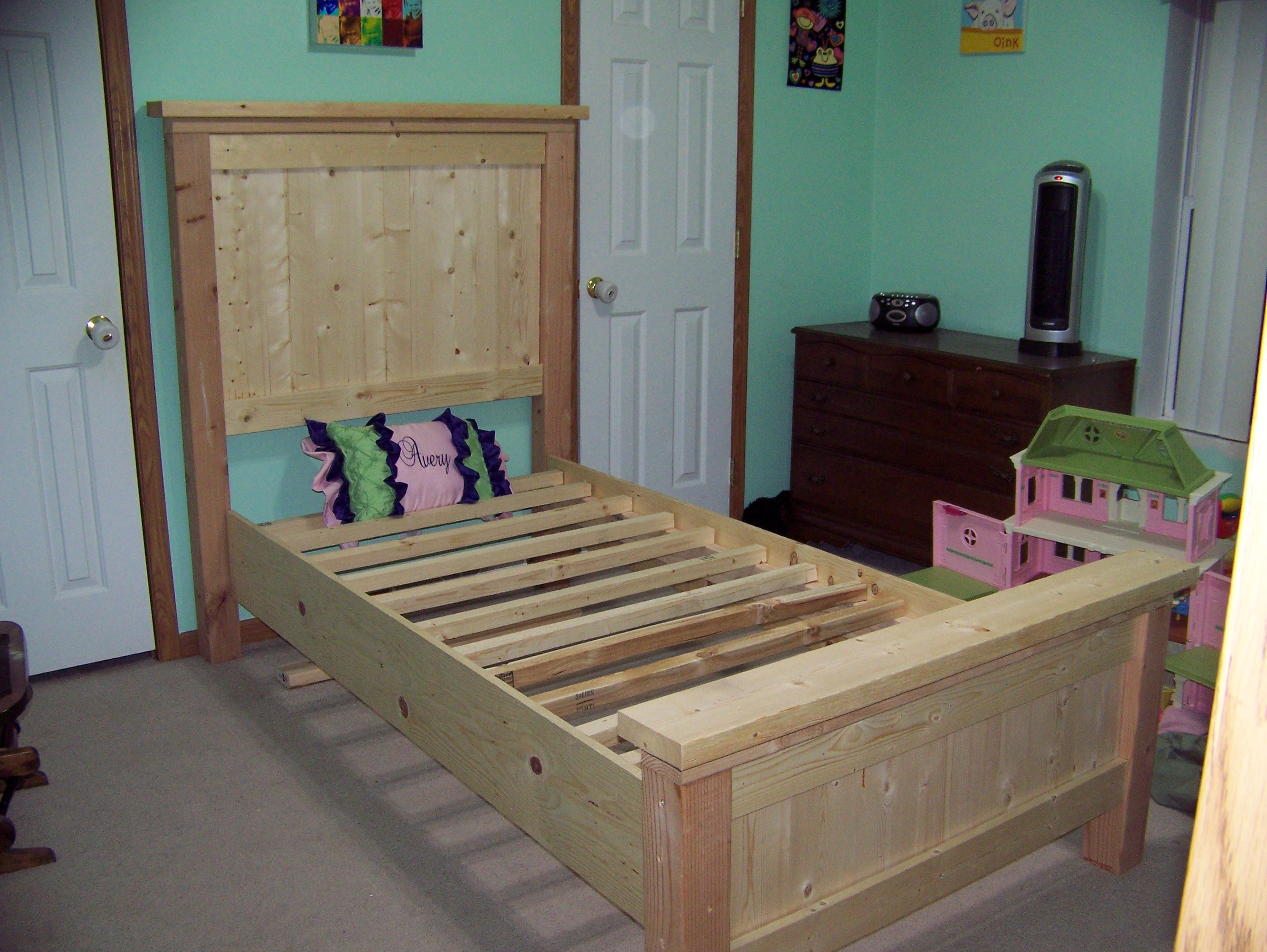 Ana white twin farmhouse bed diy projects for Farmhouse bed plans