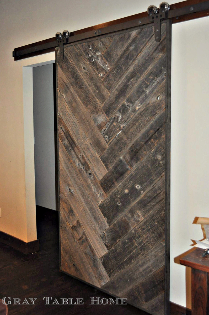Ana white diy herringbone barn door diy projects for Barn door pictures