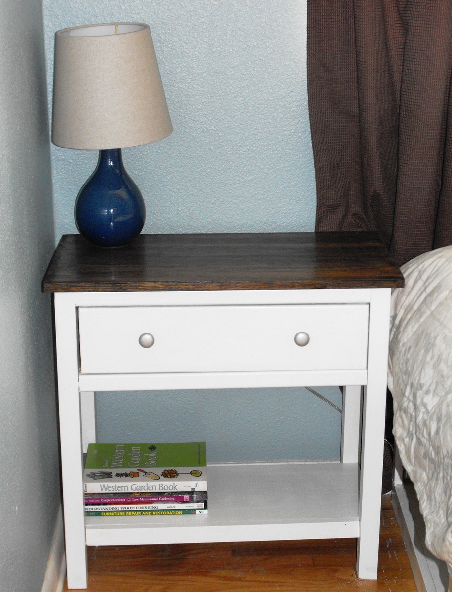 Bedside table design plans - Farmhouse Bedside Table