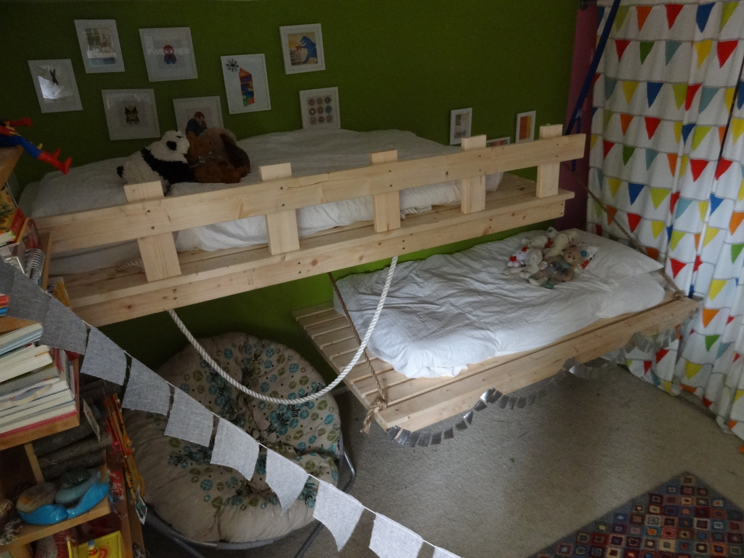 Hanging Beds for Our 3- and 5-Year-Olds! | Ana White