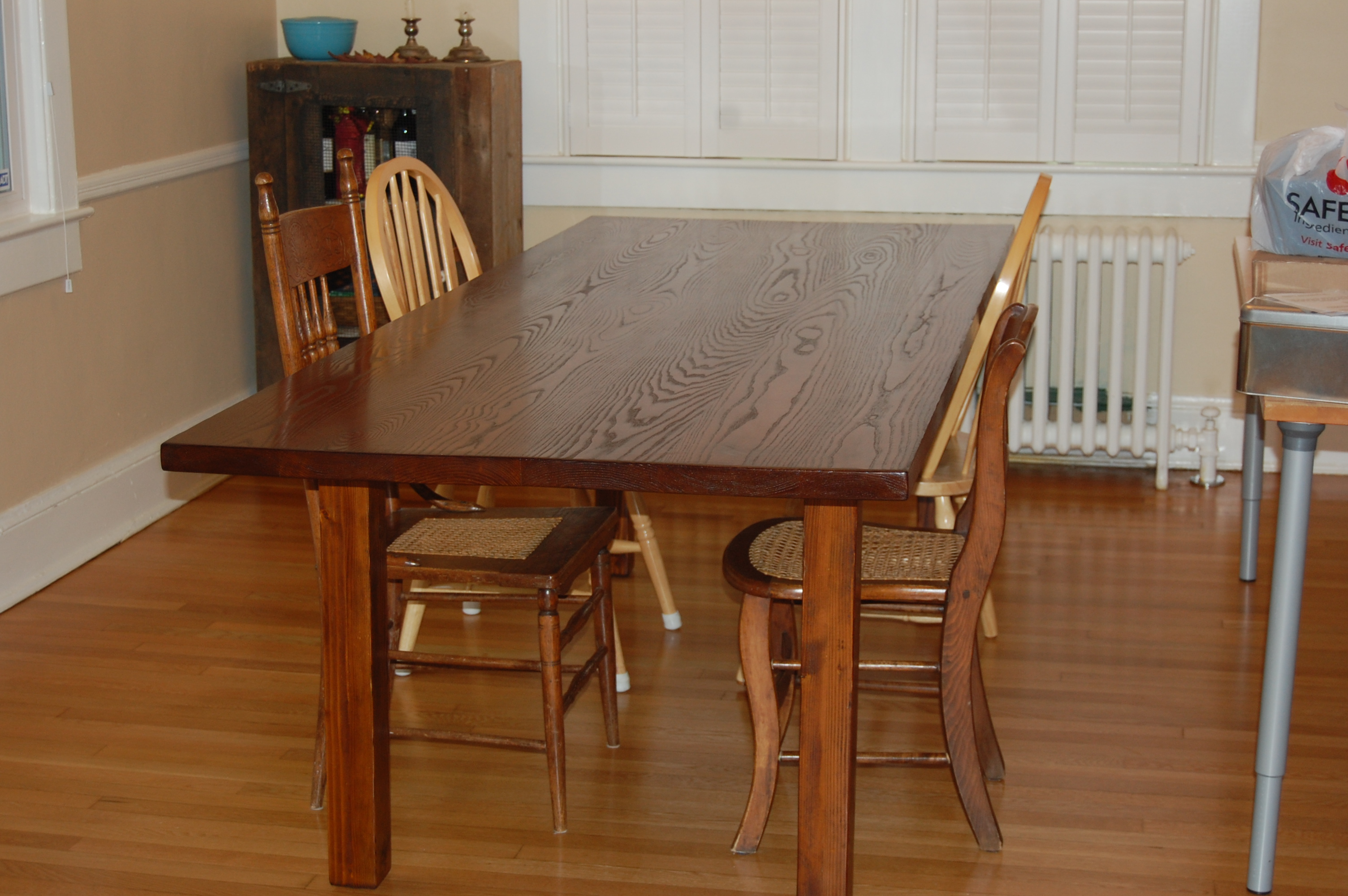Ana White Farmhouse inspired table DIY Projects : DSC0022 12028129 from www.ana-white.com size 3008 x 2000 jpeg 1545kB