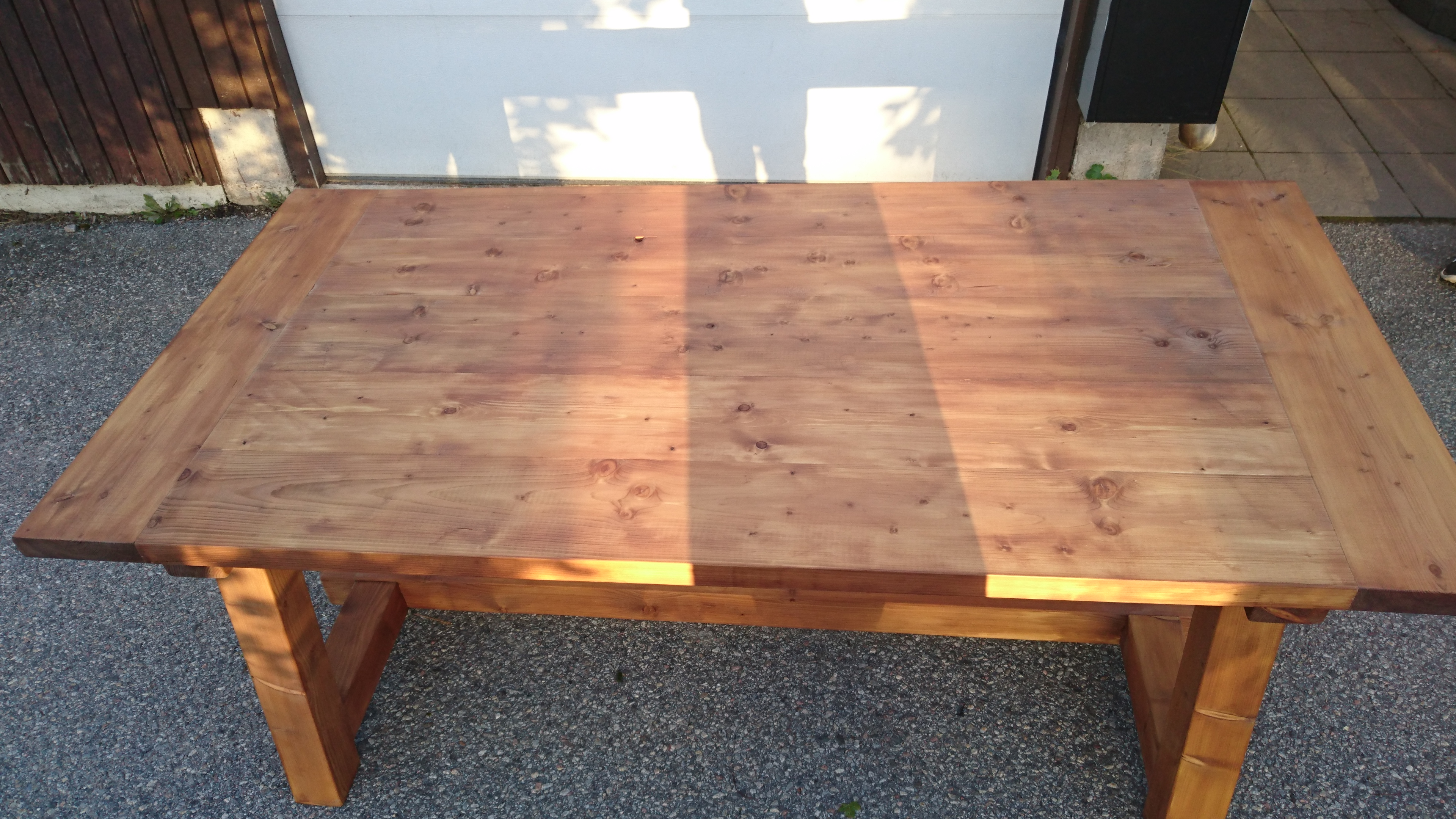 Ana White | Rustic truss outdoor table - DIY Projects