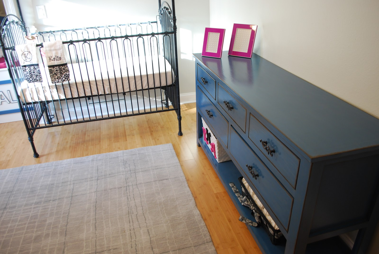Groovy Dresser With Open Bottom Shelf For Changing Table Ana White Interior Design Ideas Apansoteloinfo