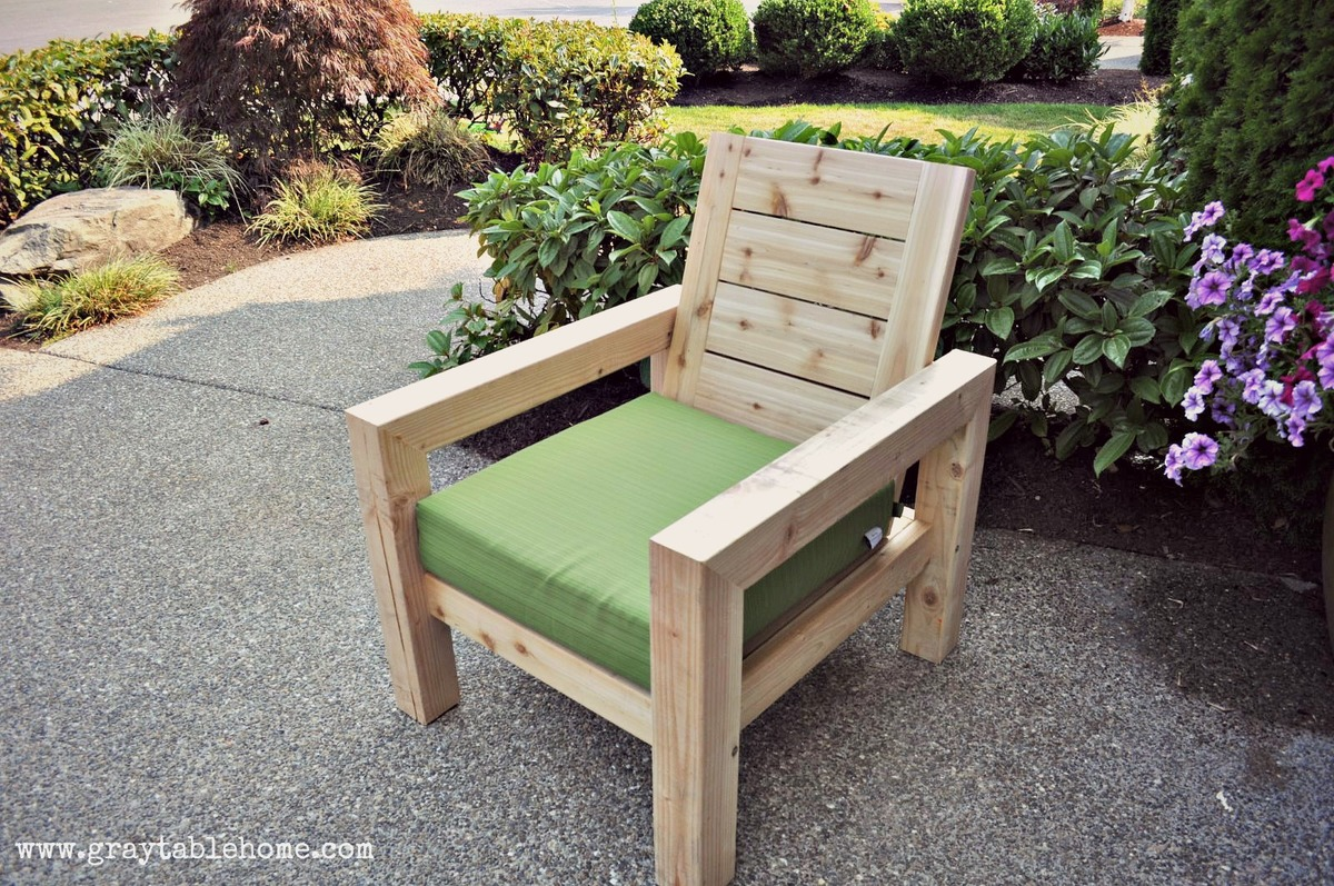 Ana white diy modern rustic outdoor chair diy projects for Diy garden table designs