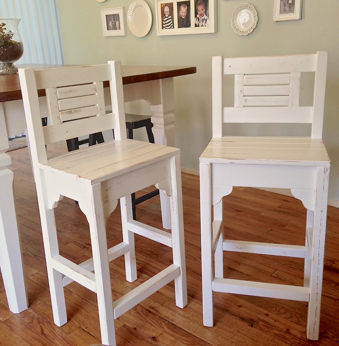 Ana White Vintage Bar Stools Diy Projects