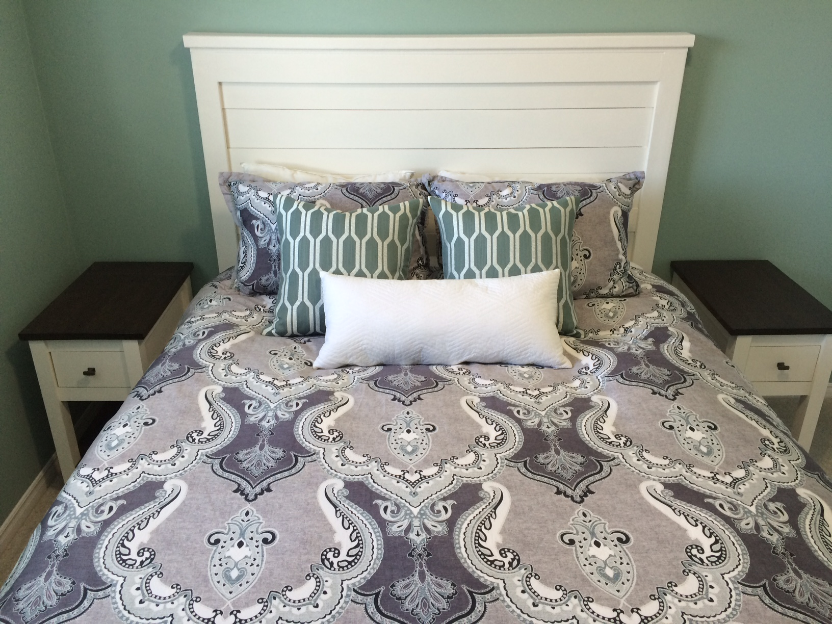 Ana White Country Side Tables And Headboard Diy Projects