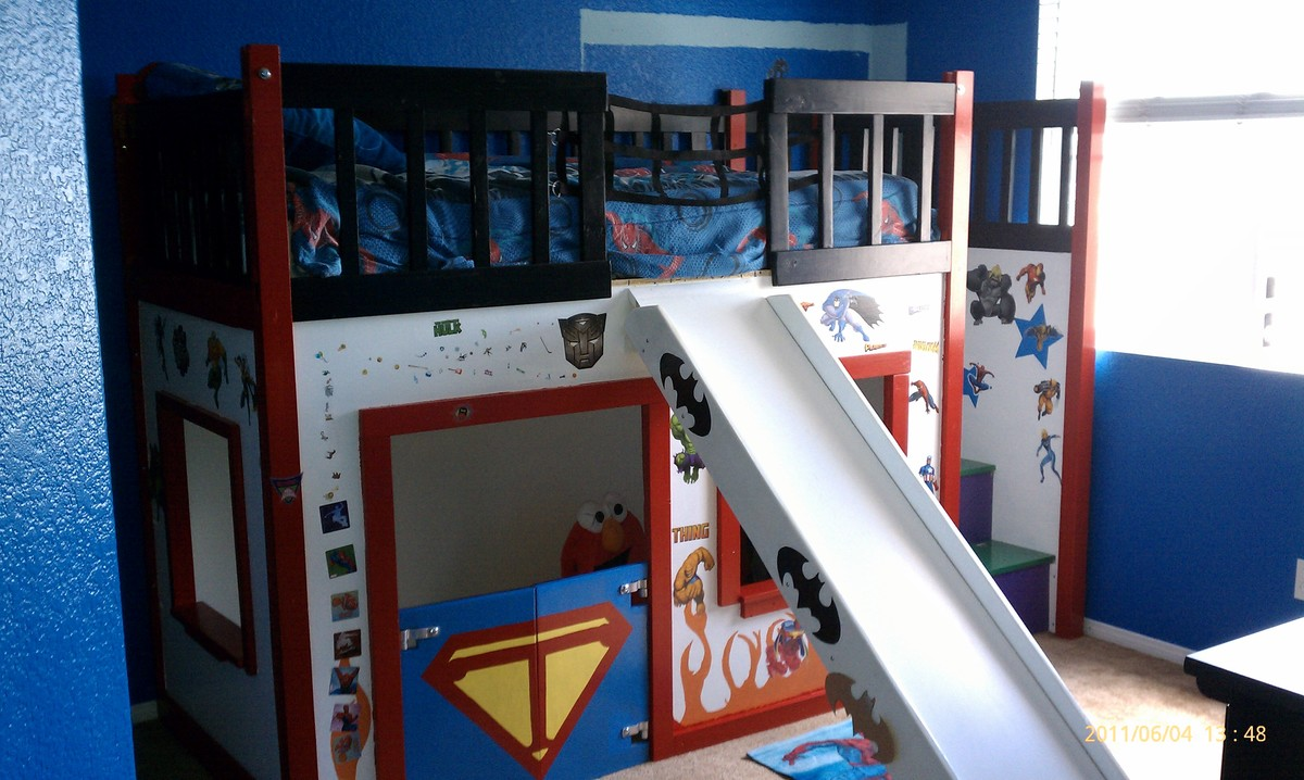 Super Hero Clubhouse Bed