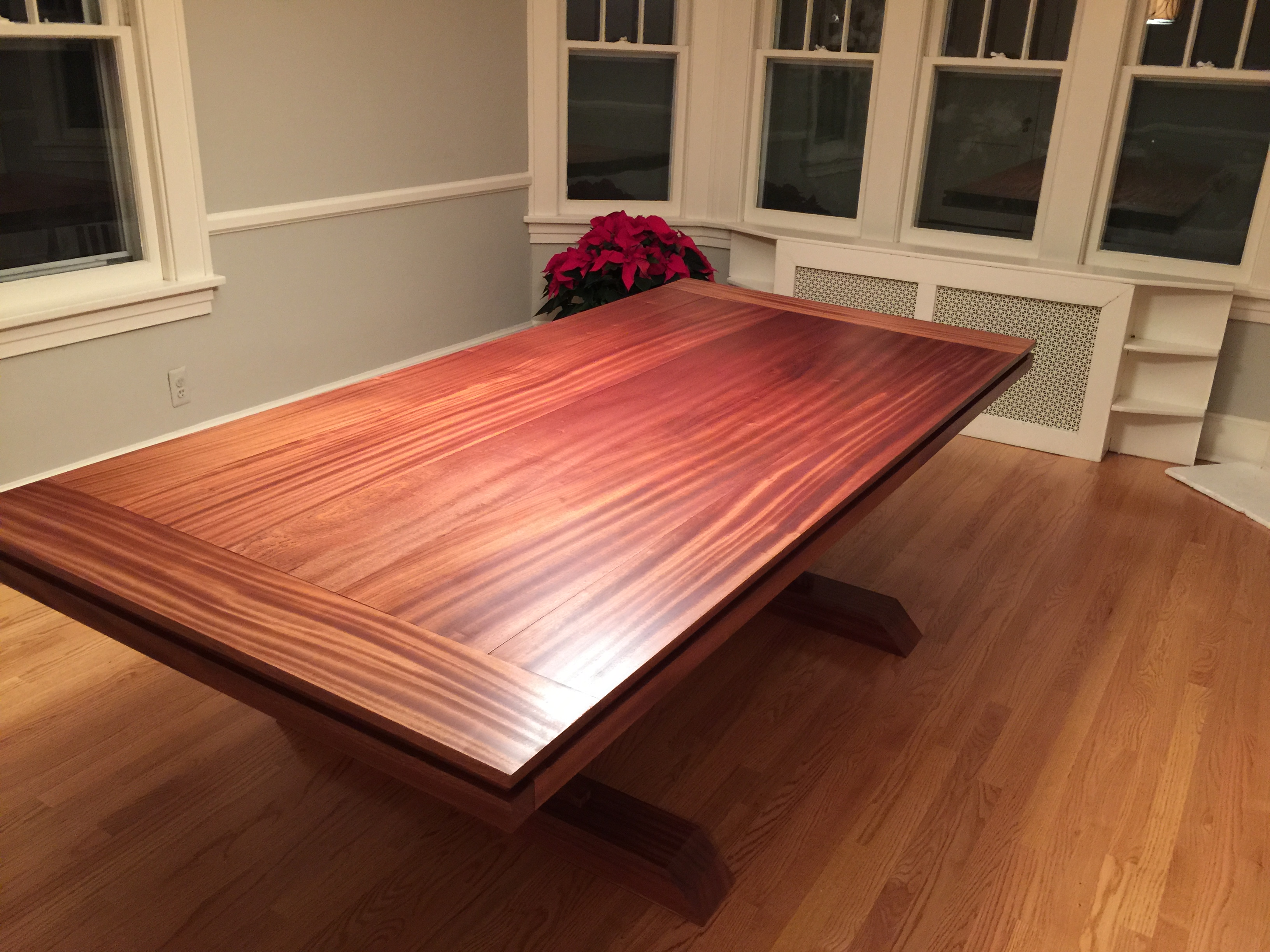 Charmant Mahogany Double Pedestal Farmhouse Dining Table