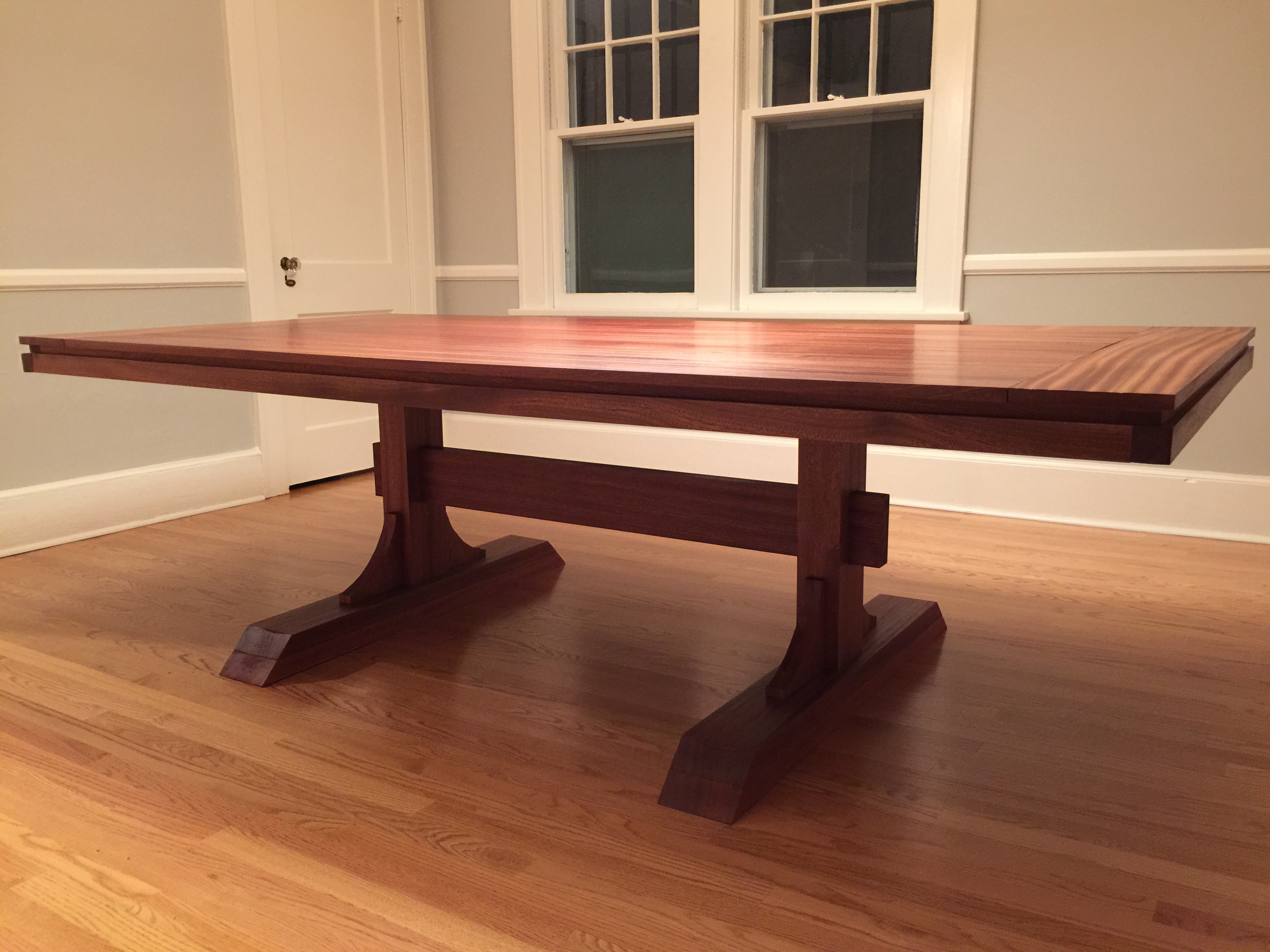 Bon Mahogany Double Pedestal Farmhouse Dining Table