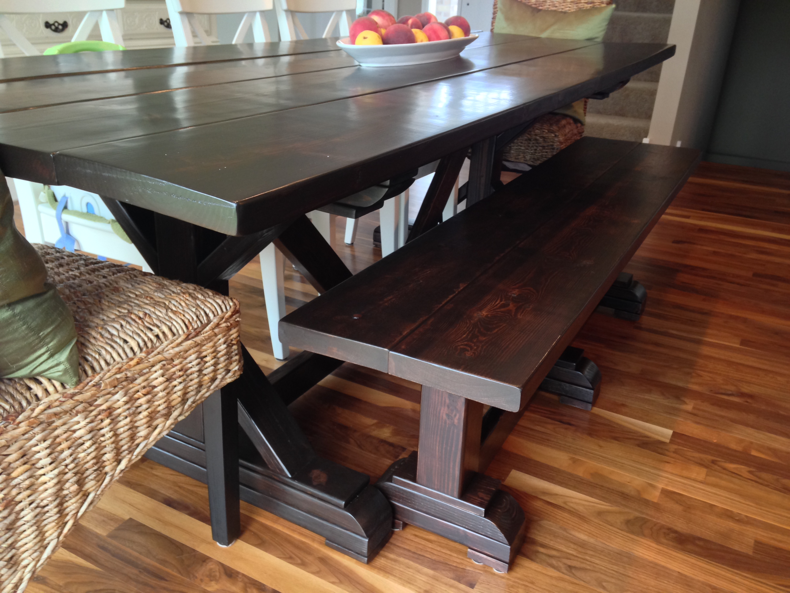 Farm Table/bench Combo - DIY Projects