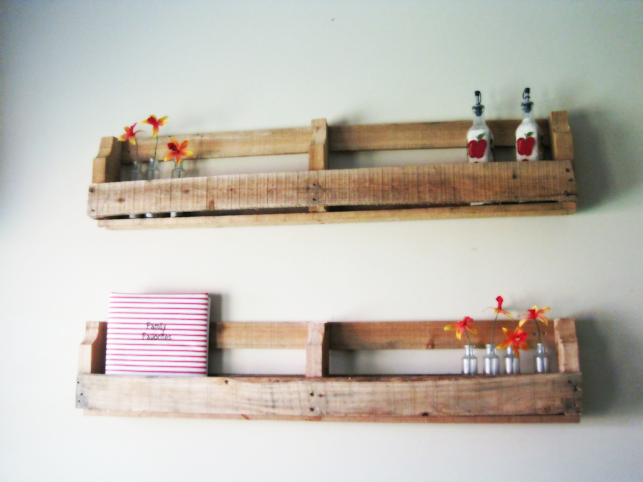 Country Shelves Country pallet shelves