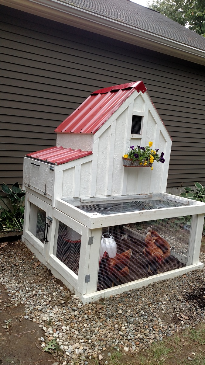 Do It Yourself Home Design: My Version Of The Small Chicken Coop - DIY