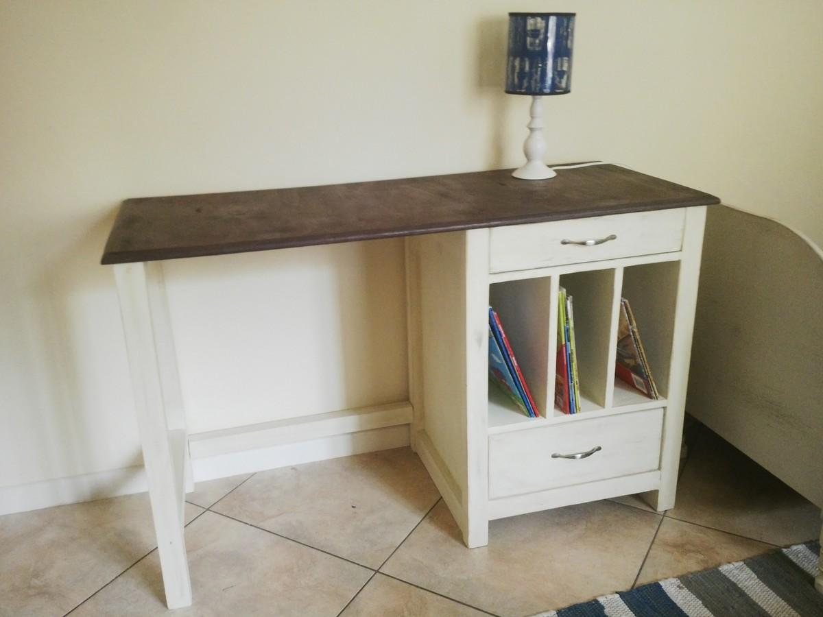 Cubby Desk Ana White