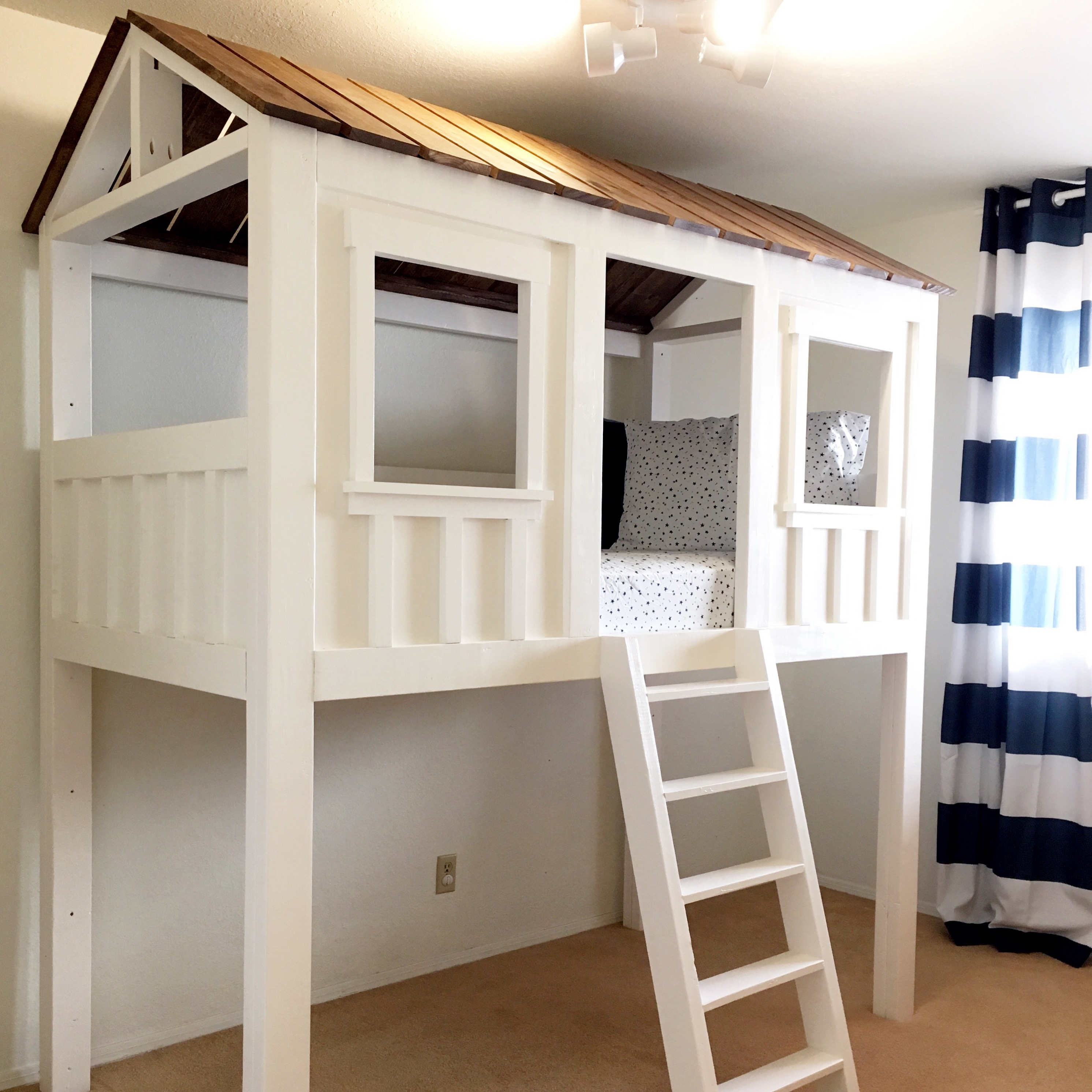 Ana White   Loft Cabin Bed - DIY Projects