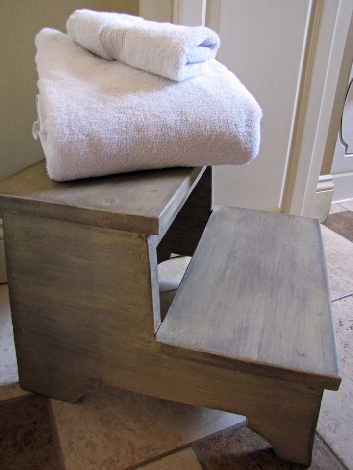 Ana White | Our bathroom step stool - DIY Projects