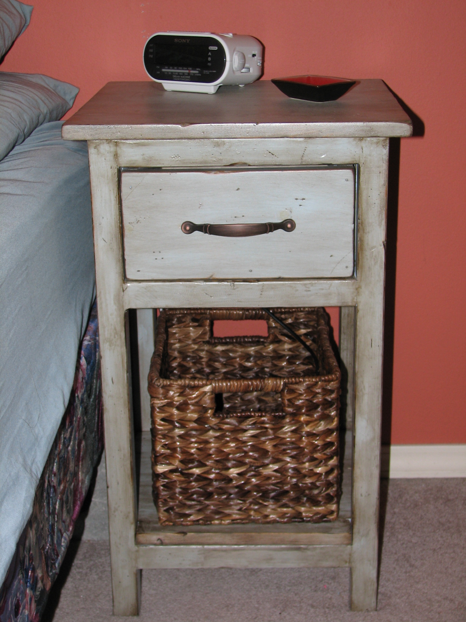 Best 25  Farmhouse Bedside Table