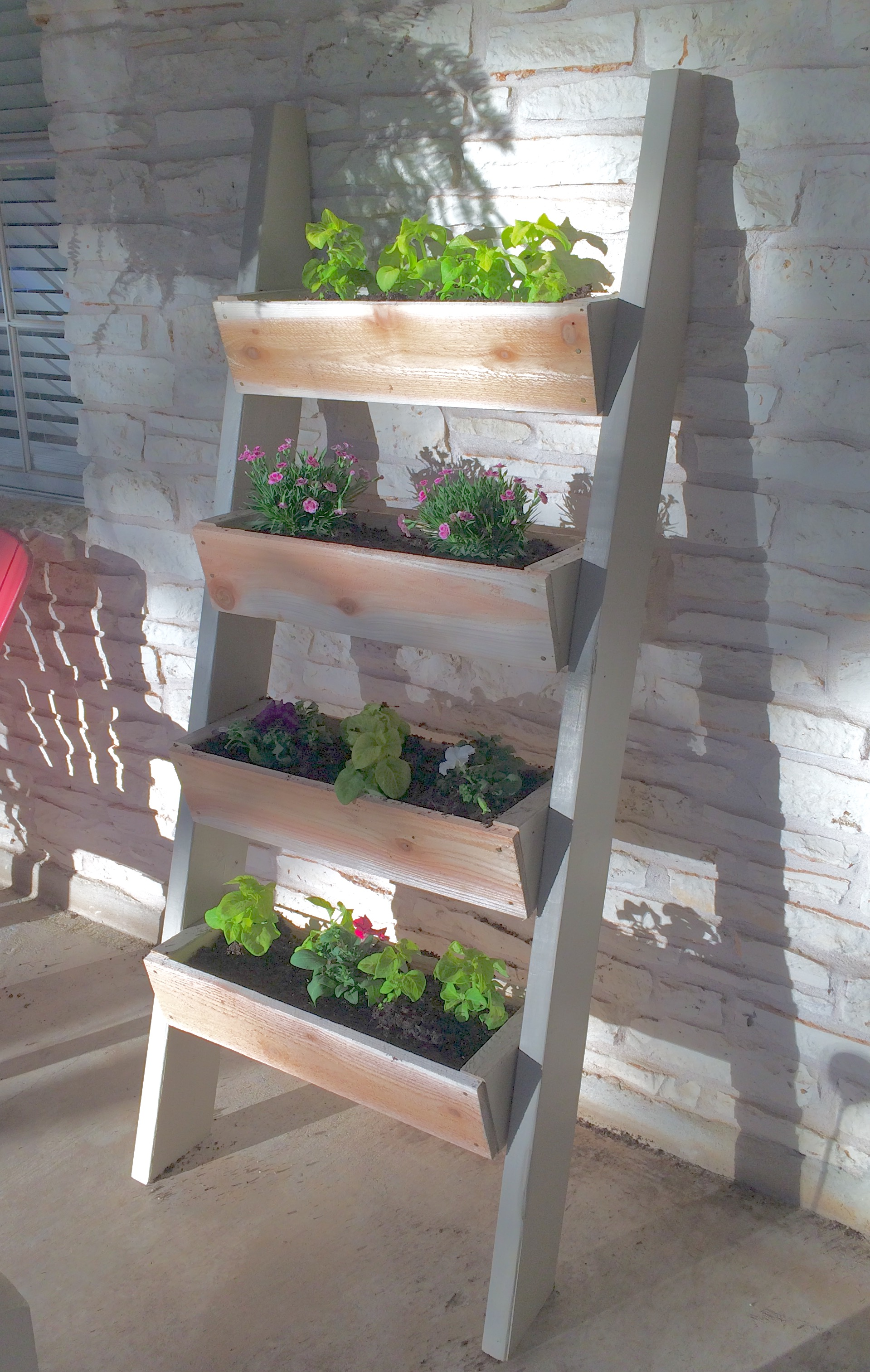 Ana White | Vertical planter - DIY Projects