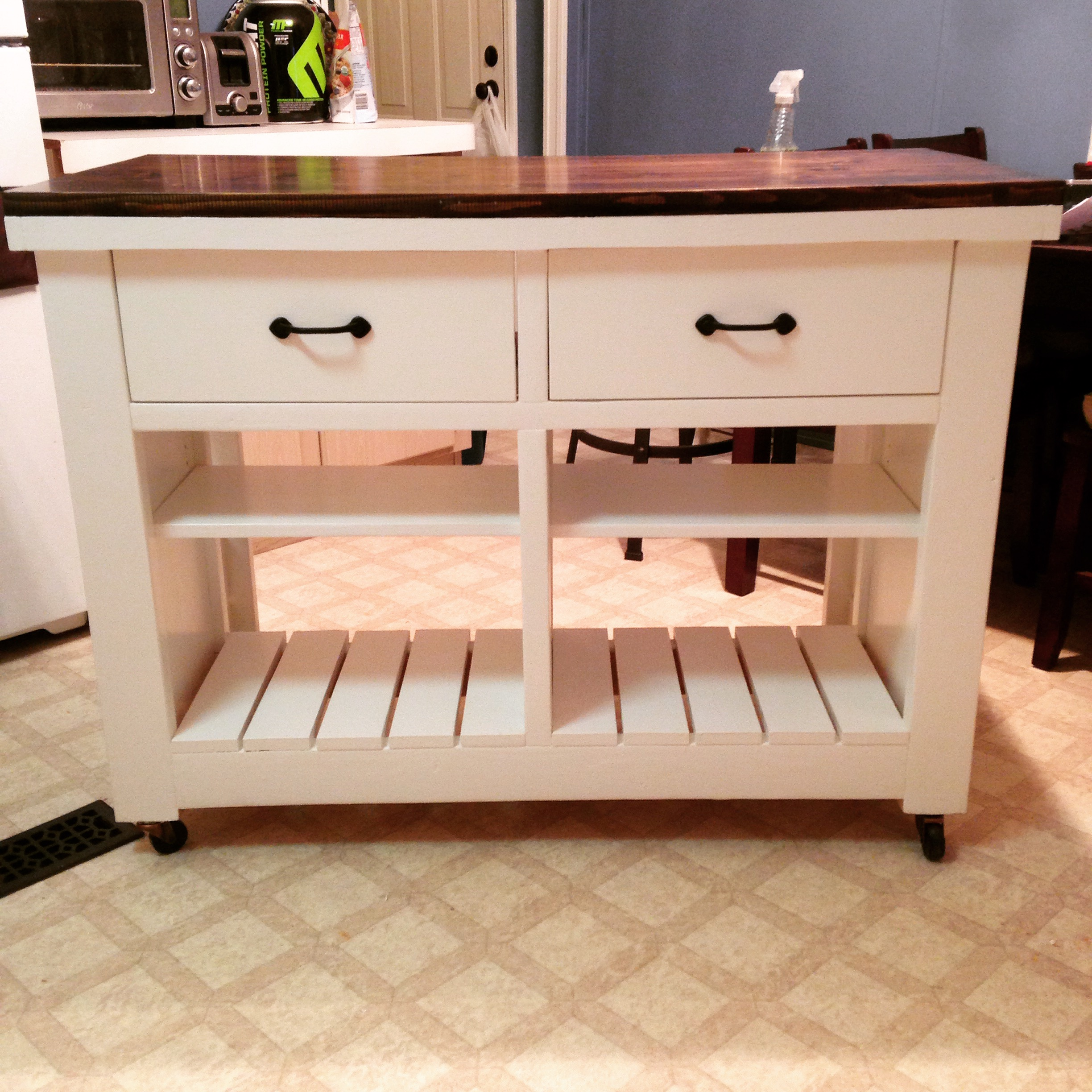 Rustic Kitchen Island DIY - DIY Projects