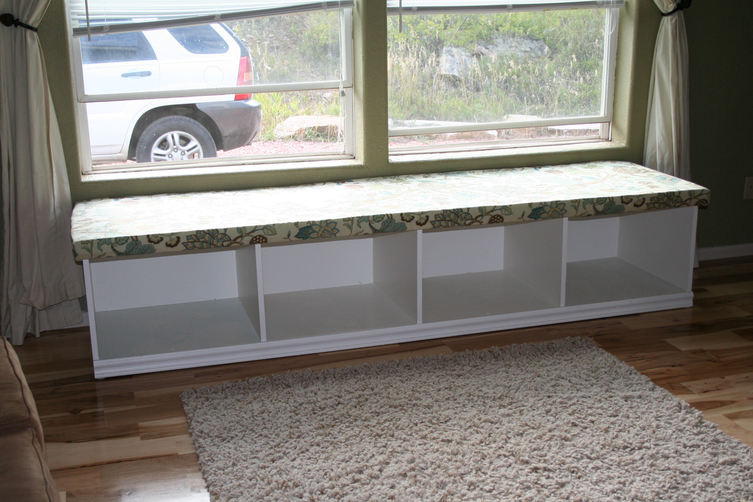 ana white  window seat with storage  diy projects -