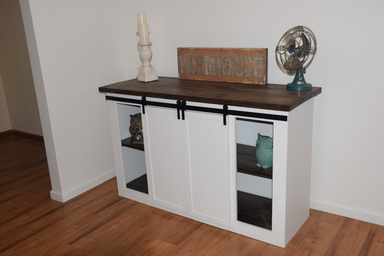 Ana White Barn Door Entertainment Center Diy Projects