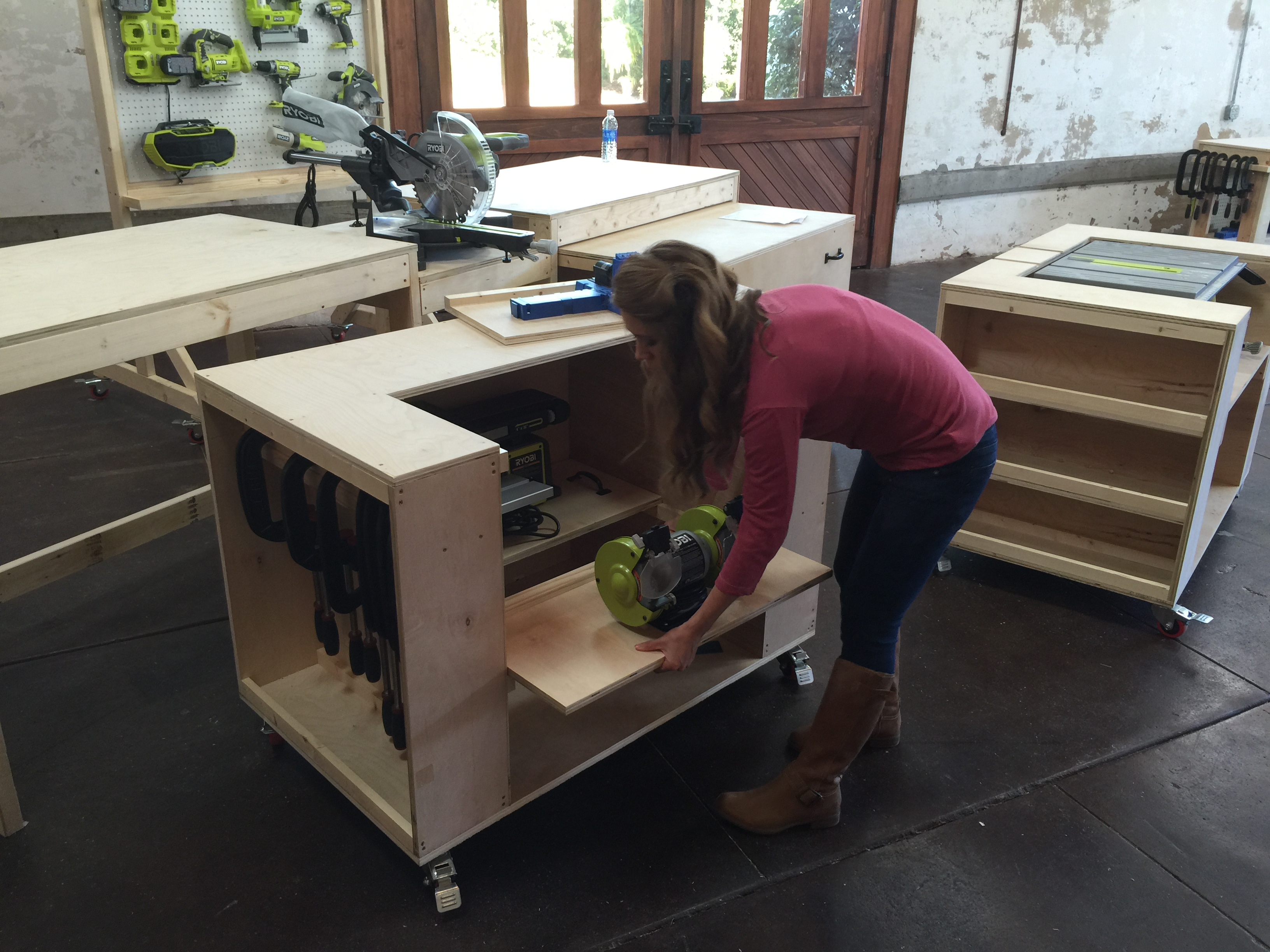 Wondrous Ultimate Roll Away Workbench With Miter Saw Stand Ana White Beatyapartments Chair Design Images Beatyapartmentscom