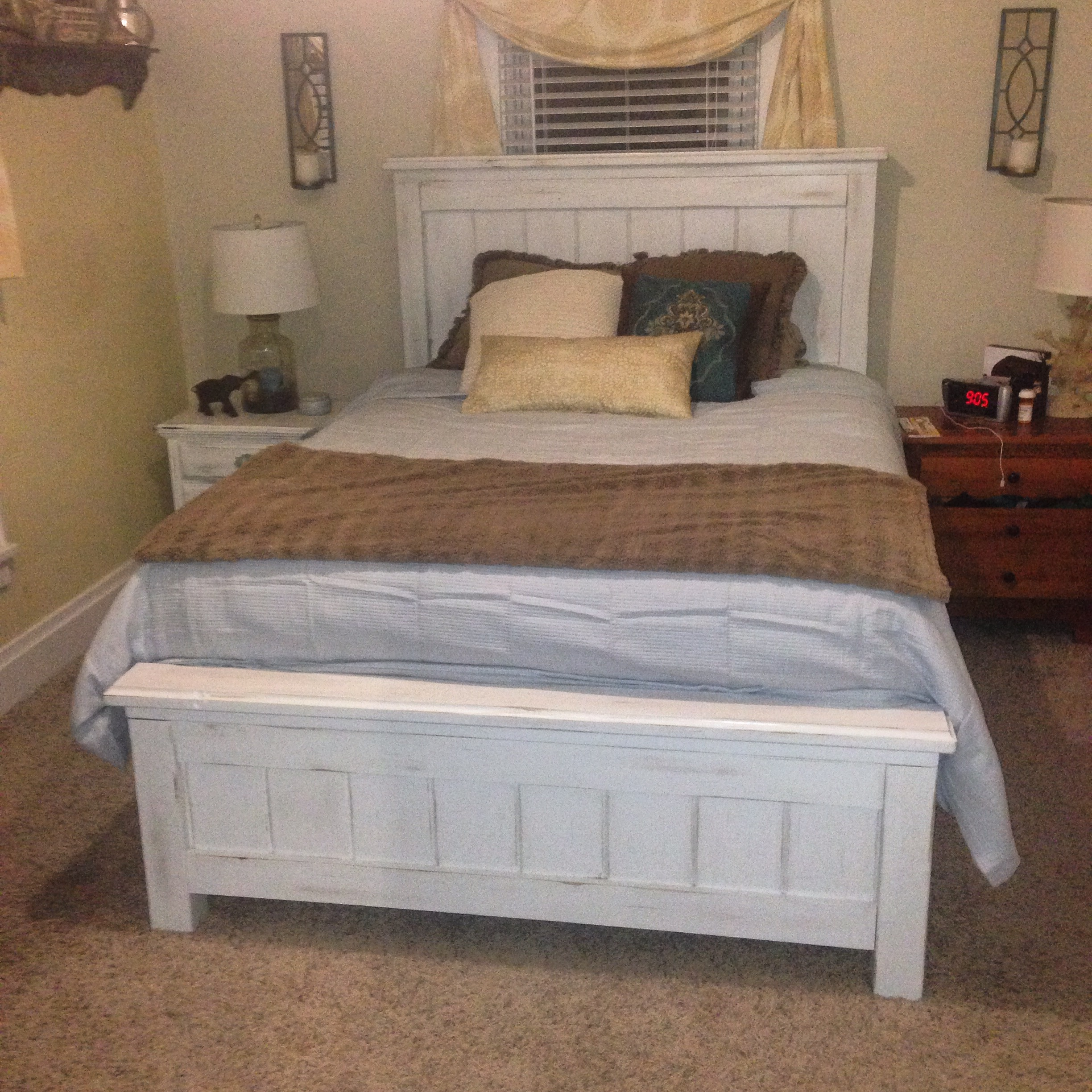Queen Size Farmhouse Bed with Storage   Ana White